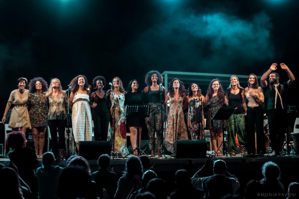 Online il video di ALMAR'À, la prima orchestra di donne arabe e del Mediterraneo