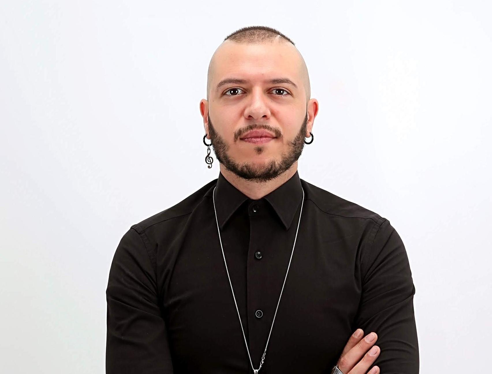 Emergenza Coronavirus: l'appello social del cantante Marco Sentieri