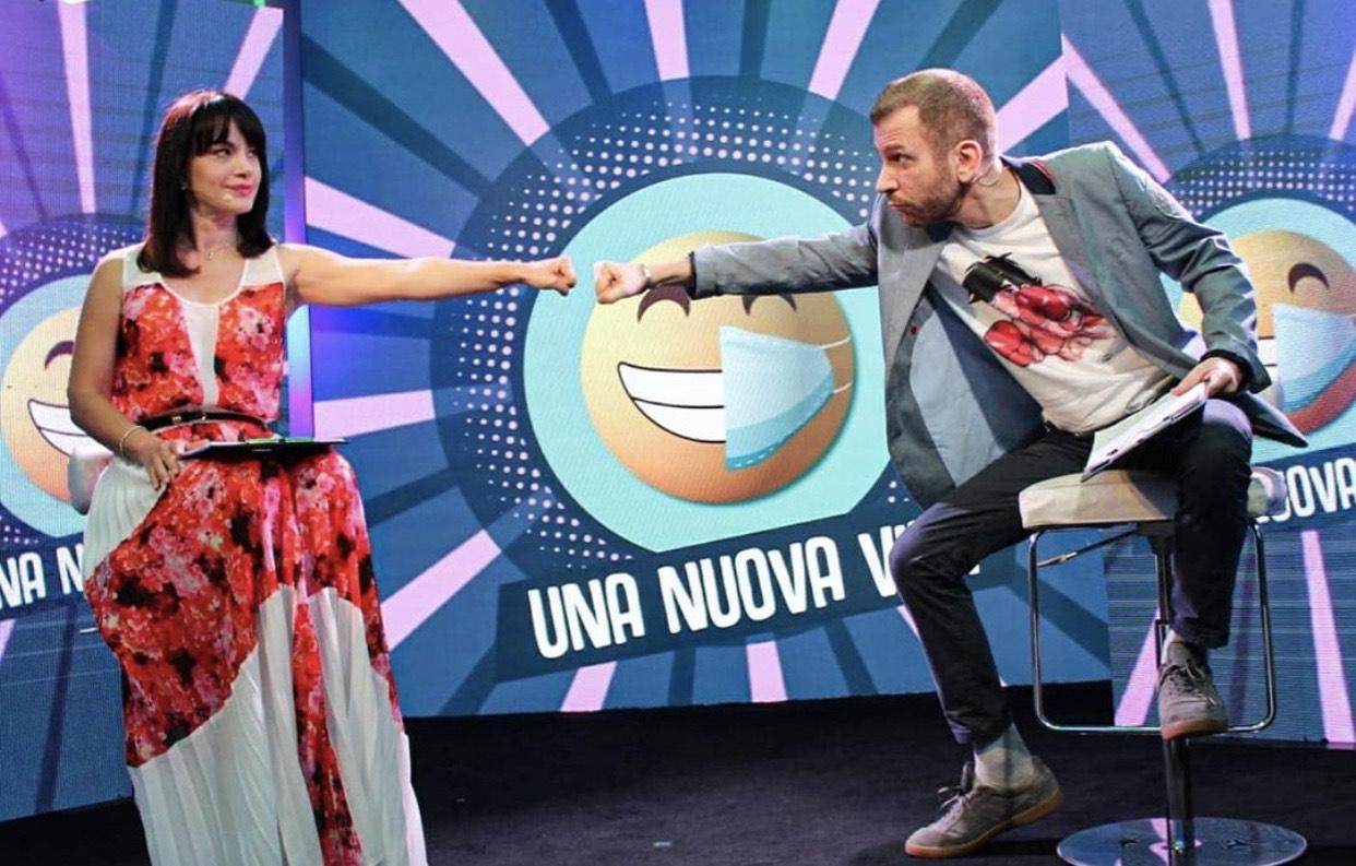 """""""Una nuova vita"""" su La5: stasera ospiti Andrea Sannino e I Desideri"""